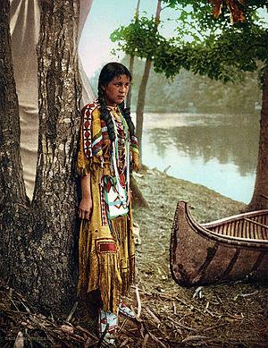 English: Native American girl