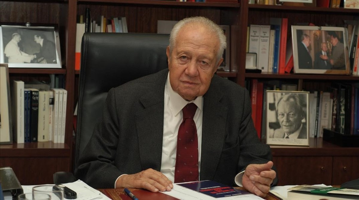 img MARIO SOARES, Portugal's President