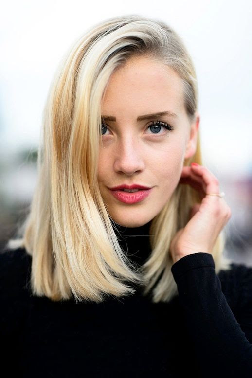 1 Le Fashion Blog 25 Inspiring Long Bob Hairstyles Haircut Lob Blonde Hair Red Lips Street Style Via Popsugar photo 1-Le-Fashion-Blog-25-Inspiring-Long-Bob-Hairstyles-Lob-Blonde-Hair-Red-Lips-Street-Style-Via-Popsugar.jpg