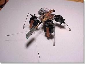 Robot côn trùng với 74AC240 7408
