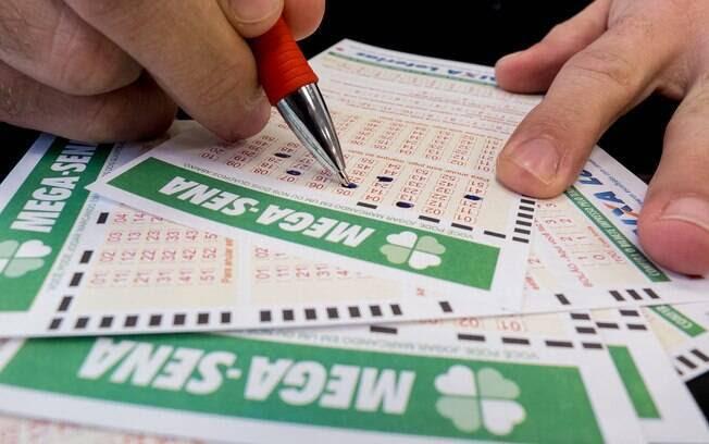 Aposta mínima da Mega-Sena custa R$ 3,50 e pode ser feita em qualquer lotérica do País