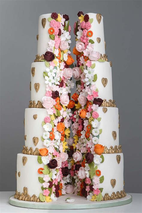 Wedding cakes for a luxury wedding