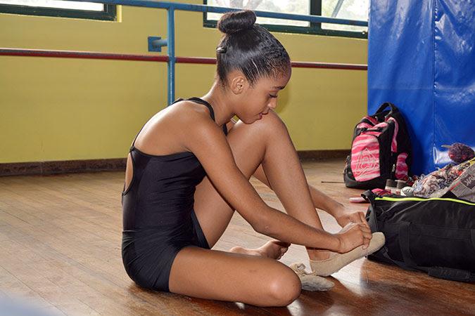 No Brasil, meninas desenvolvem autoestima e independência pelo esporte/