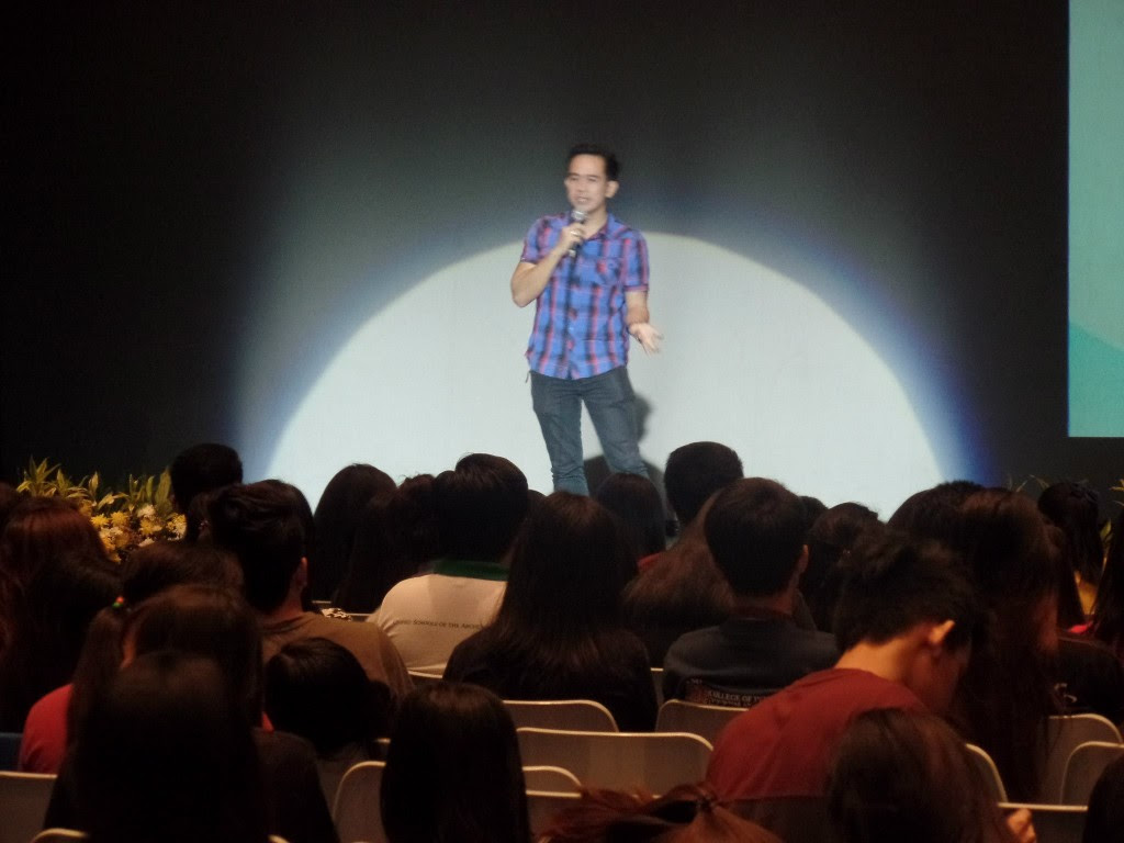 The VoiceMaster Speaking at the CALABARZON MassComm Convention