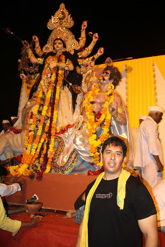 Samrat Mukerjee With His North BombayDurga At Juhu Beach by firoze shakir photographerno1