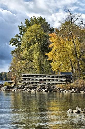 Orillia - Autumn Lake (1)