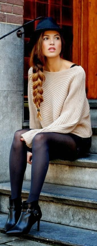 Oversized comfy sweater with leggings, hat and heels