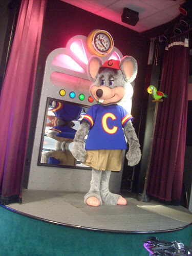 Not Really Chuck E Cheese Poser Robot Mouse It Is A