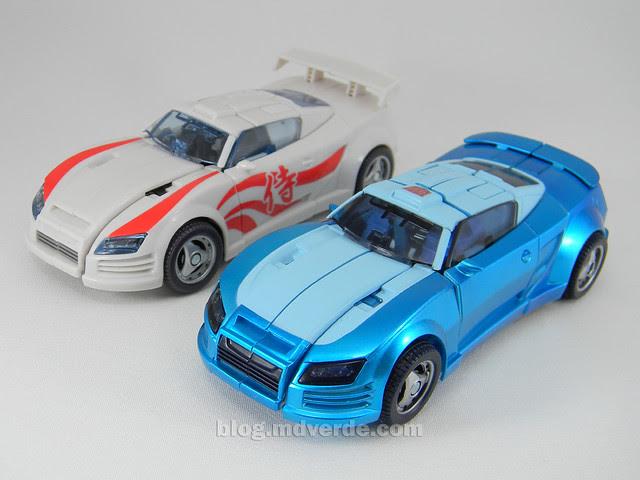Transformers Blurr United Deluxe - modo alterno vs Drift