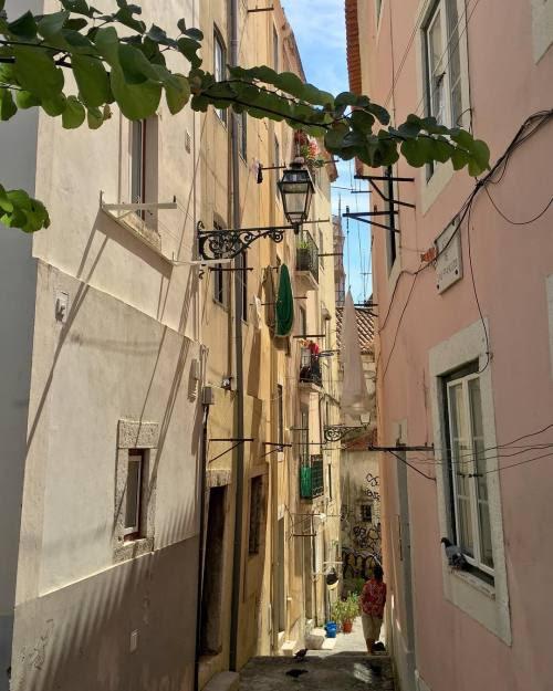 Mouraria#instagramcml #lisboa #lisbon http://ift.tt/2cjfZHF