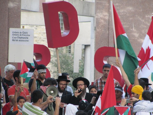 BDS and Rabbis For Palestine. Credit: Mike Gifford/cc by 2.0