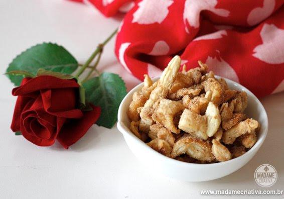 Γλυκό σνακ, επαναχρησιμοποίηση γρέζια φύλλο-Πώς να χρησιμοποιήσετε το υπόλοιπο ζαχαροπλαστικής - DIY φροντιστήριο - Madame Creative - www.madamecriativa.com.br