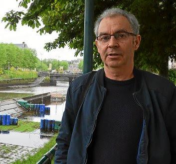 Âgé de 52 ans, Yann Guéguen est professeur intervenant à l'École de musique du Trégor.