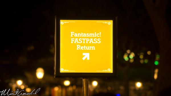 Disneyland Resort, Disneyland, Frontierland, Fantasmic, FastPass, View