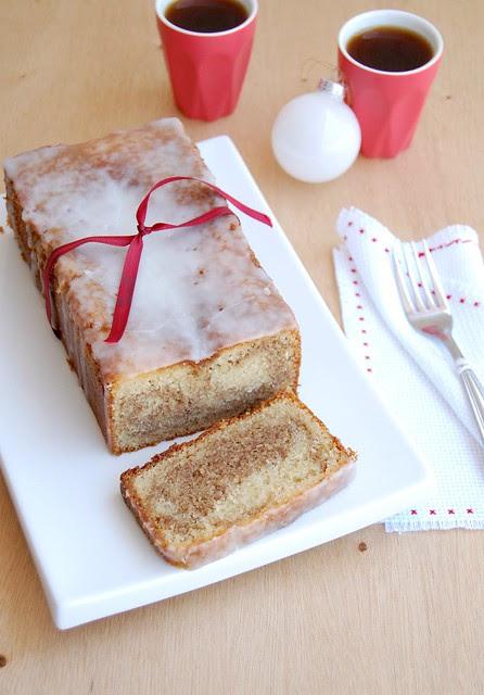 Marbled gingerbread almond loaf cake / Bolo mármore de gingerbread e amêndoa