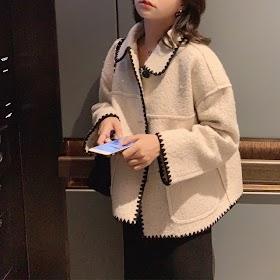 Mishow 2019 Winter Vintage Lady Solid Woolen Jacket Women Fashion Lapel single breasted Long Sleeve