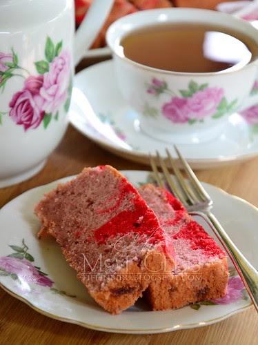 rsz_strawberry_moist_cake1