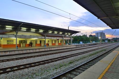 Batu Tiga train station 2
