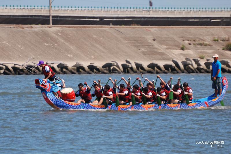 2011_0606_[彰化] 浪裡奪標賽龍舟。2011鹿港慶端陽DSC_1563