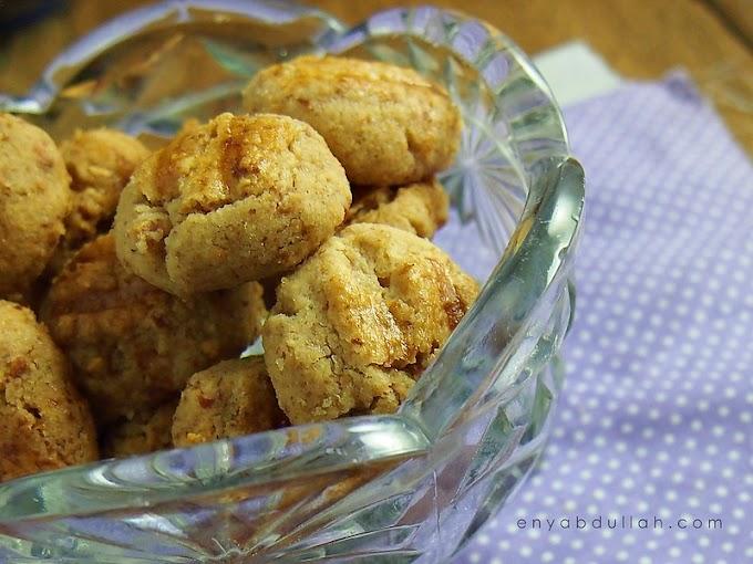 Biskut Kacang Mazola Simple dan Mudah