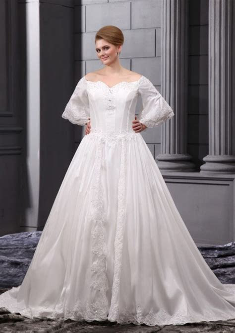 22 Beautiful Plus Size Wedding Dresses   YusraBlog.com