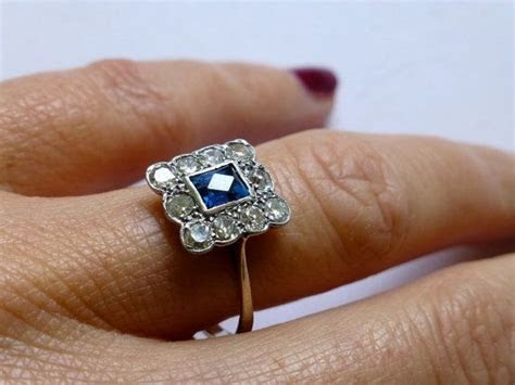 25  best ideas about Vintage Sapphire Rings on Pinterest