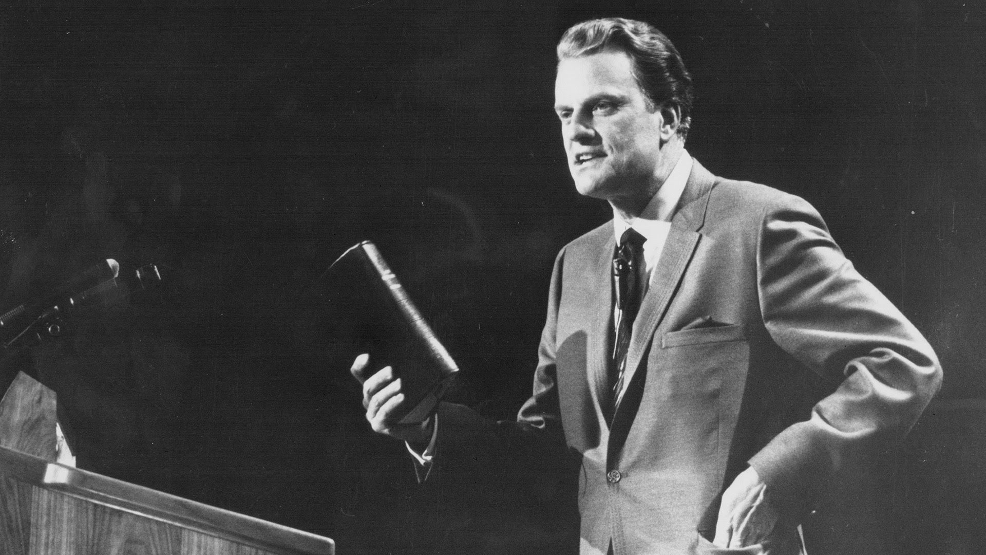 ktvb.com | Evangelist Rev. Billy Graham dies at age 99
