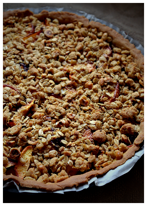 peach and hazelnut crumble tart© by Haalo