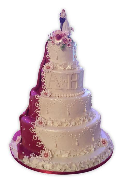 Alexa Amazing Wedding Cake   Rashmi's Bakery