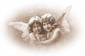 [Angelitos en la nieve. Fotografía en tarjeta postal de principios del siglo XX]