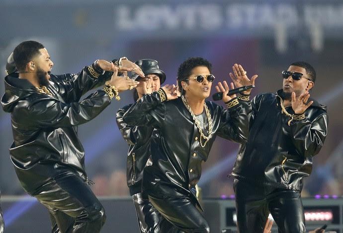 Bruno Mars show do intervalo super bowl 50 (Foto: Getty Images)