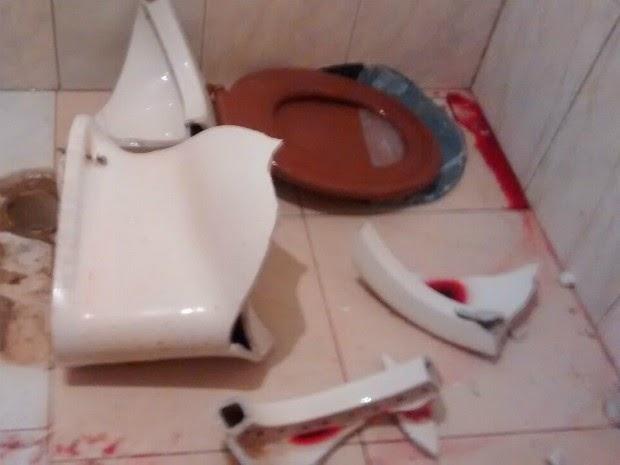TRAGÉDIA: Criança cai de vaso sanitário e morre por hemorragia em Bom Despacho
