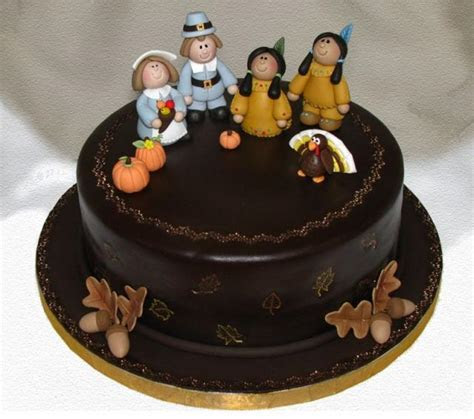 Dark chocolate Thanksgiving cake with figures (1