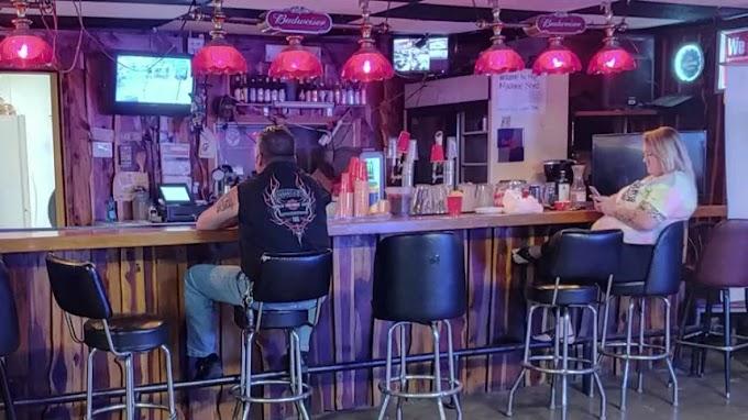 Texas bar owner sues state over coronavirus shutdown