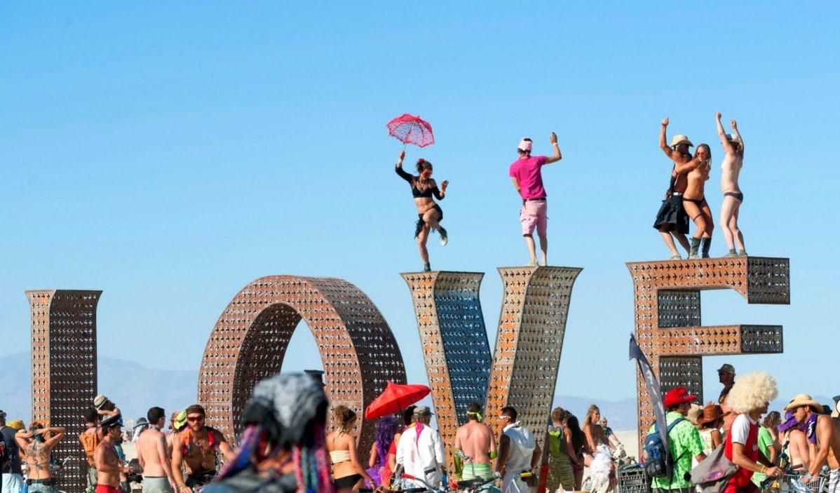 ViraVolta, Volta ao Mundo, Viagem pelo Mundo, Viagem Longo Prazo, Mochileiros, Experimente, Burning Man