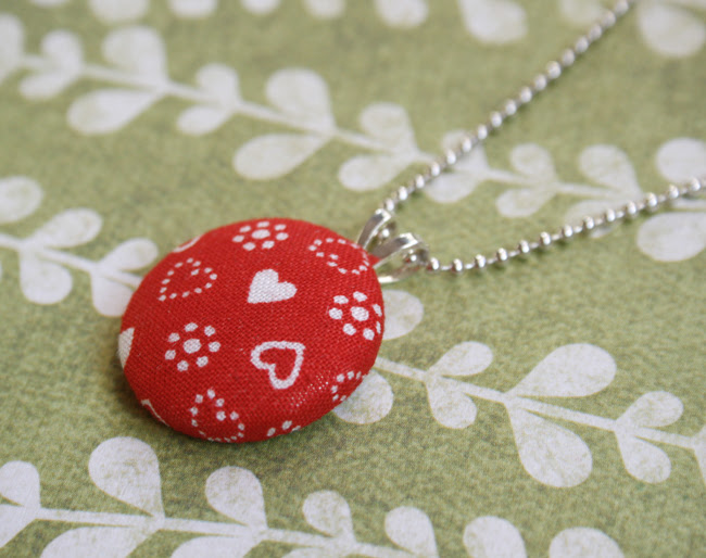 christmas love necklace