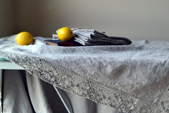 "Softened natural linen tablecloth with linen lace ""Country Ambience"", Natural"