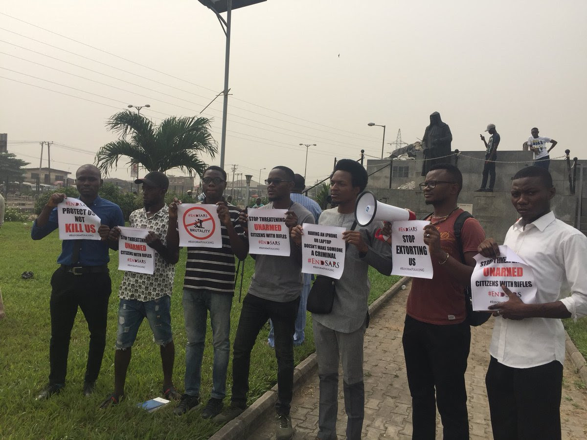 """Having Iphone, Laptop Doesn't Make One Criminal"": #EndSARS Protest In Lagos (Pics)"