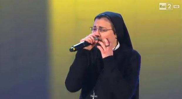 Irmã Cristina cantou música de Alicia Keys ( Youtube/Reprodução)