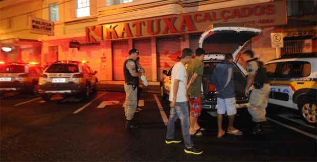 Na madrugada, três adolescentes foram detidos na cidade com combustível (Beto Magalhães/EM/D.A.Press)