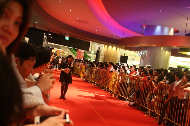 A lot of people thronged the red carpet for a glimpse of Donnie Yen