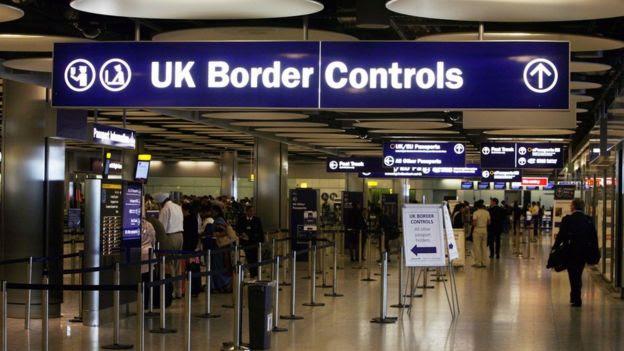 Posto de imigração do aeroporto de Heathrow