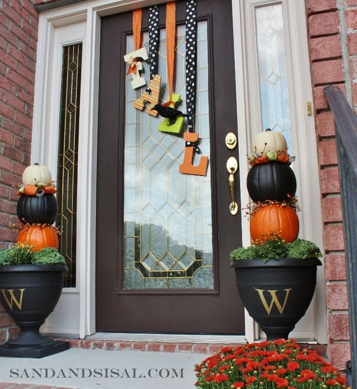 Fall front door decor!