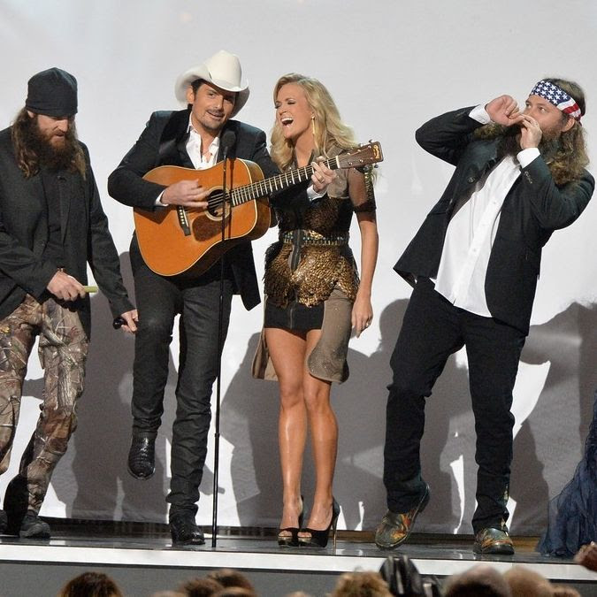 2013 CMAs photo carrie-underwood-medley-performance-at-cmas-2013-watch-now-07.jpg