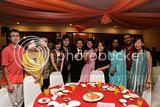多数都是中学时代的一班同学~左起:美仪的丈夫亦伏、美仪、owen、kathryn、家荣、km、erika、caren、monica、monica 的丈夫、世晶