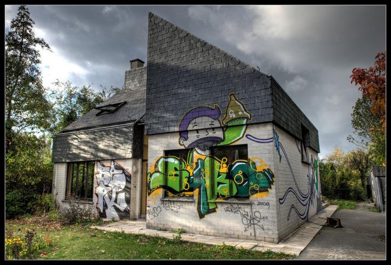 A vila condenada de Doel e sua arte de rua surpreendente 22
