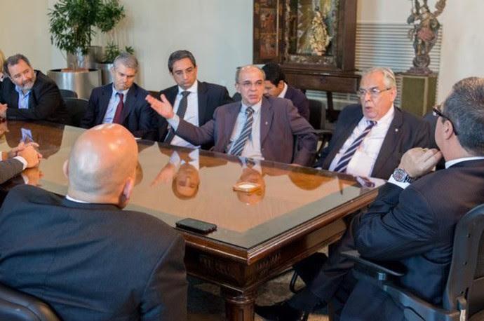 Reunião dos presidentes clubes do rio de janeiro, vasco, botafogo, fluminense e flamengo (Foto: Divulgação / PJERJ)