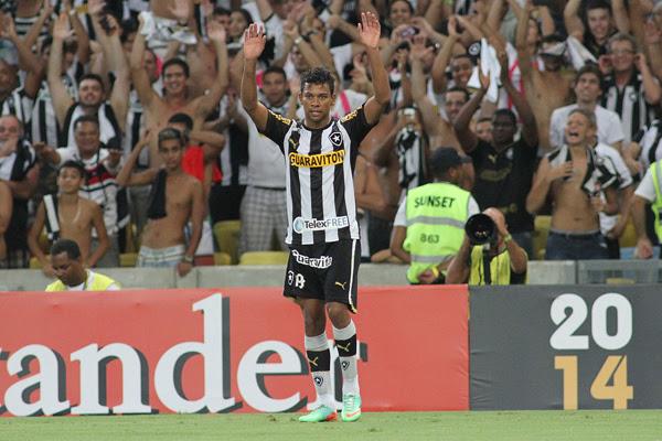 Potiguar Wallyson deixou o gramado do Maracanã ovacionado pela torcida do Botafogo. 50 mil Alvinegros compareceram ao jogo