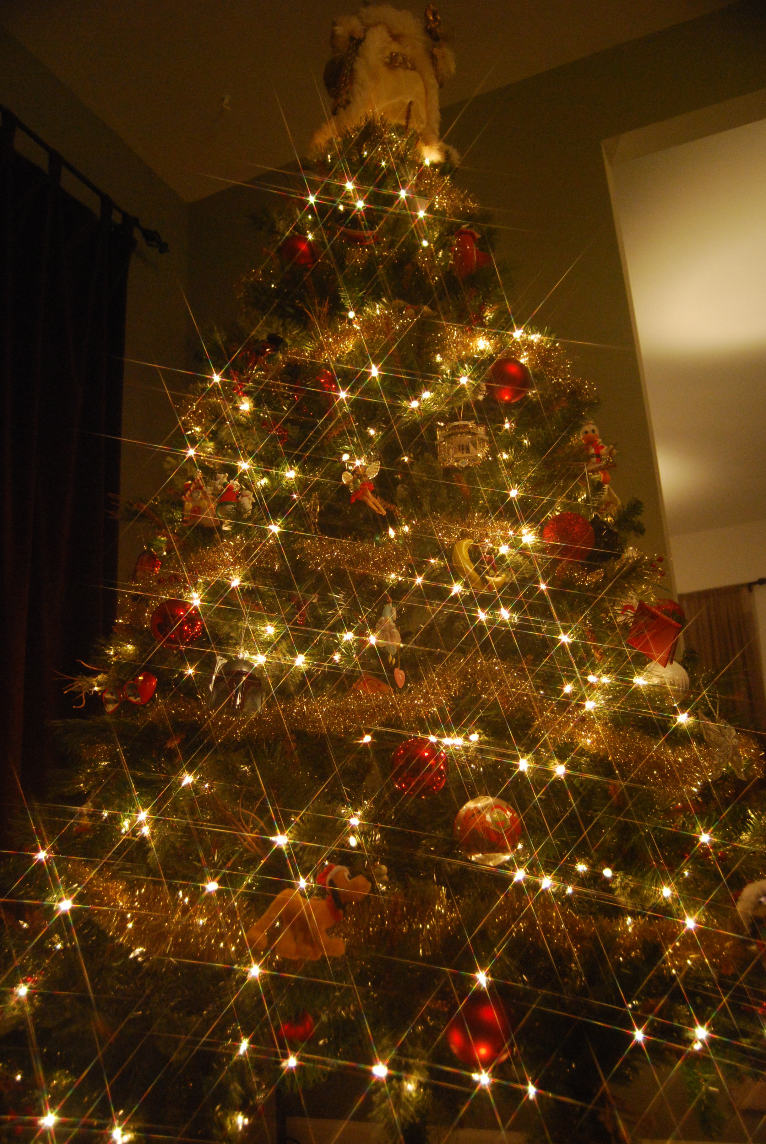 Twinkling Christmas tree