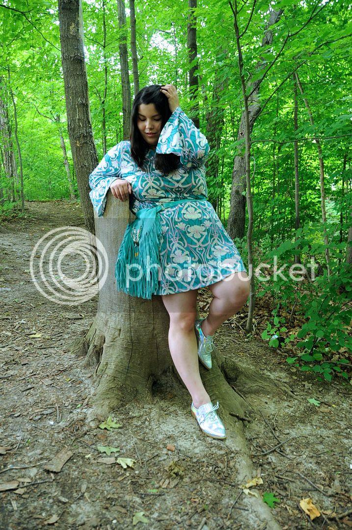 plus size fashion pink clove Lulu 70's Bell dress plus size 70's canada fashion toronto